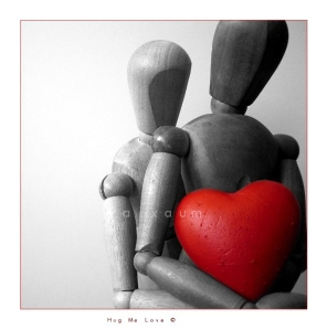 Hug_me_Love_by_pAiXAuM